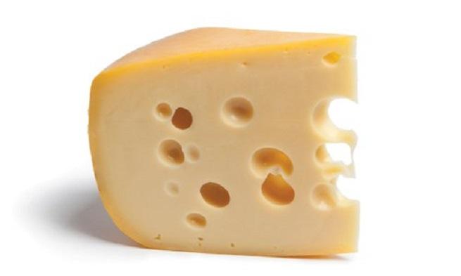 Сыр вызывает боль в голове