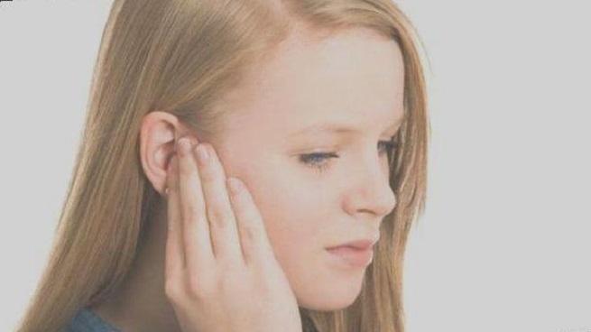 Болезнь в ухе
