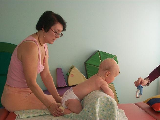 Ребенок на осмотре