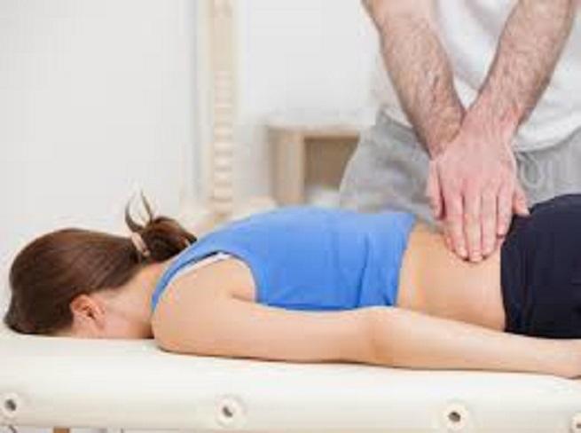 массирование области спины
