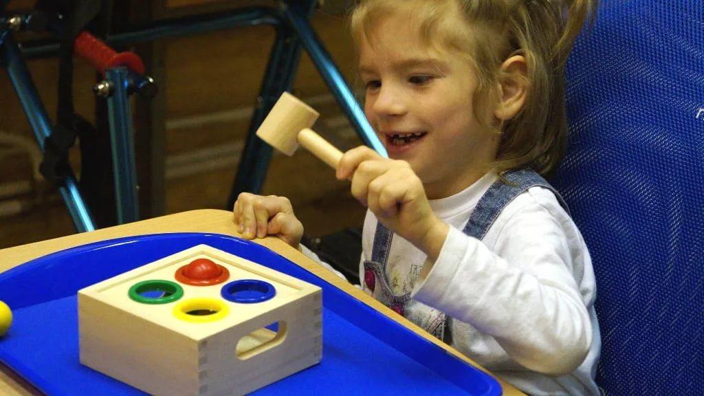 игрушки для детей с дцп